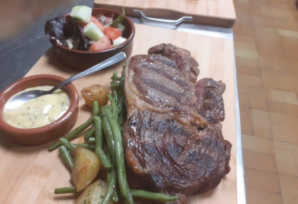 """""""Chez Vesna"""" – restoran domaće kuhinje"""