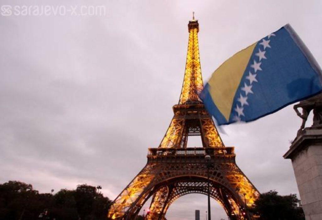 """Makron po prvi put na strani Srba : Bosna je """"paklena mašina"""""""