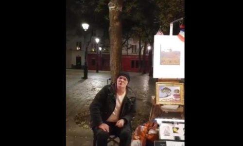(VIDEO)Srpski umetnik oduševio pesmom na ovom čuvenom mestu