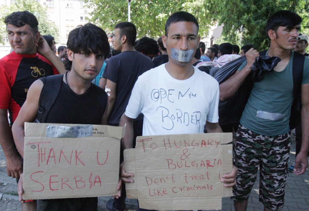 (VIDEO)Les migrants deçus, restent en Serbie