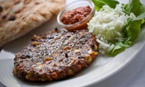 """Pljeskavica"" – Hamburger serbe, c'est un vrai plaisir"