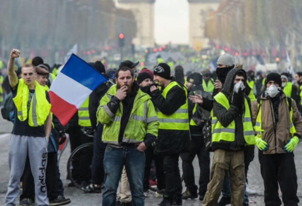 (UŽIVO) Pariz : Zbog godišnjice «žutih prsluka» danas izbegavajte grad