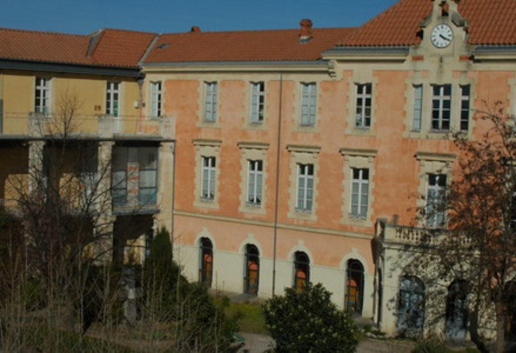 Francuska : Profesor ošamario učenika ali nije ni slutio šta će se onda desiti