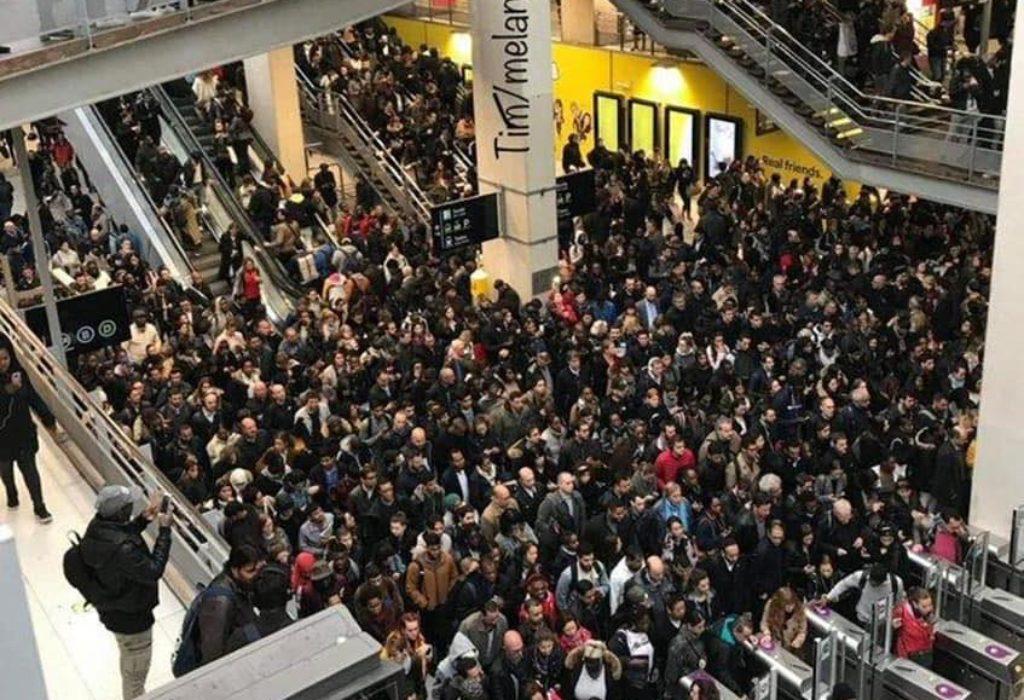 PARIZ : Fotografije koje su obeležile štrajk javnog prevoza