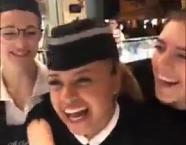 """(VIDEO)Jedan od načina da se nauči naš jezik. Duhoviti srpski """"učitelj"""""""
