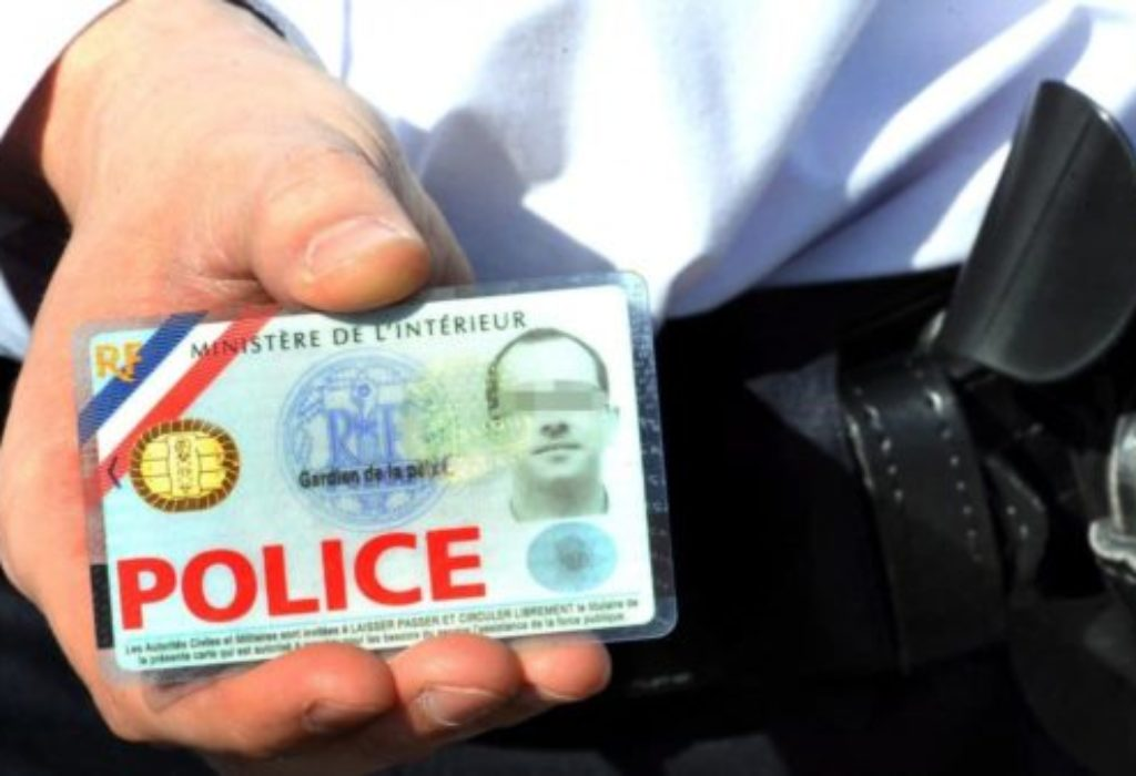 PARIZ :Srbina pokrali lažni policajci, kao na filmu