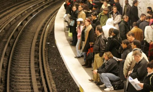 (FOTO)Pariz : U petak se popravlja stanje sa javnim prevozom