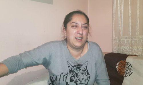 (VIDEO)Uplakana majka se čula sa Monikom. GLADNA SAM MAMICE