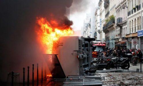 (VIDEO)Pariz : Neredi na ulicama. Sukobi sa policijom