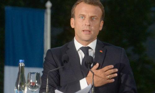 (VIDEO)Francuski predsednik Makron : «Francuska vas voli, živela Srbija»
