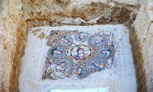 (FOTO)Arheolozi u Turskoj pronašli mozaike pisane na starosrpskom jeziku