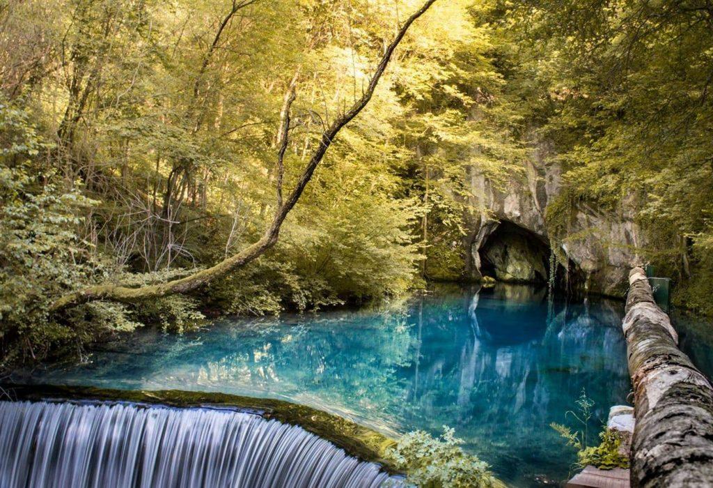 (VIDEO)Serbie: Krupajsko vrelo – l'un des plus beaux paysages et endroits du monde