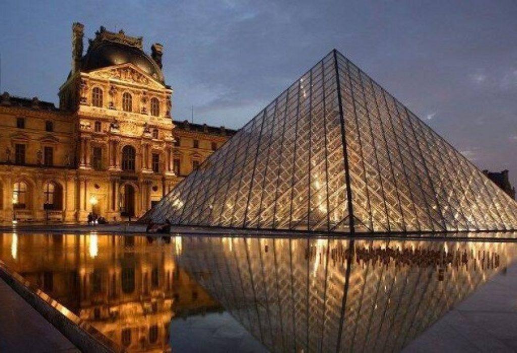 Pariz : SJAJNO. Po prvi put u muzeju Luvr cele noći BESPLATNO