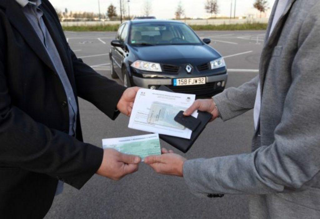 Pariz : Kupovina automobila se pretvorila u pravu dramu