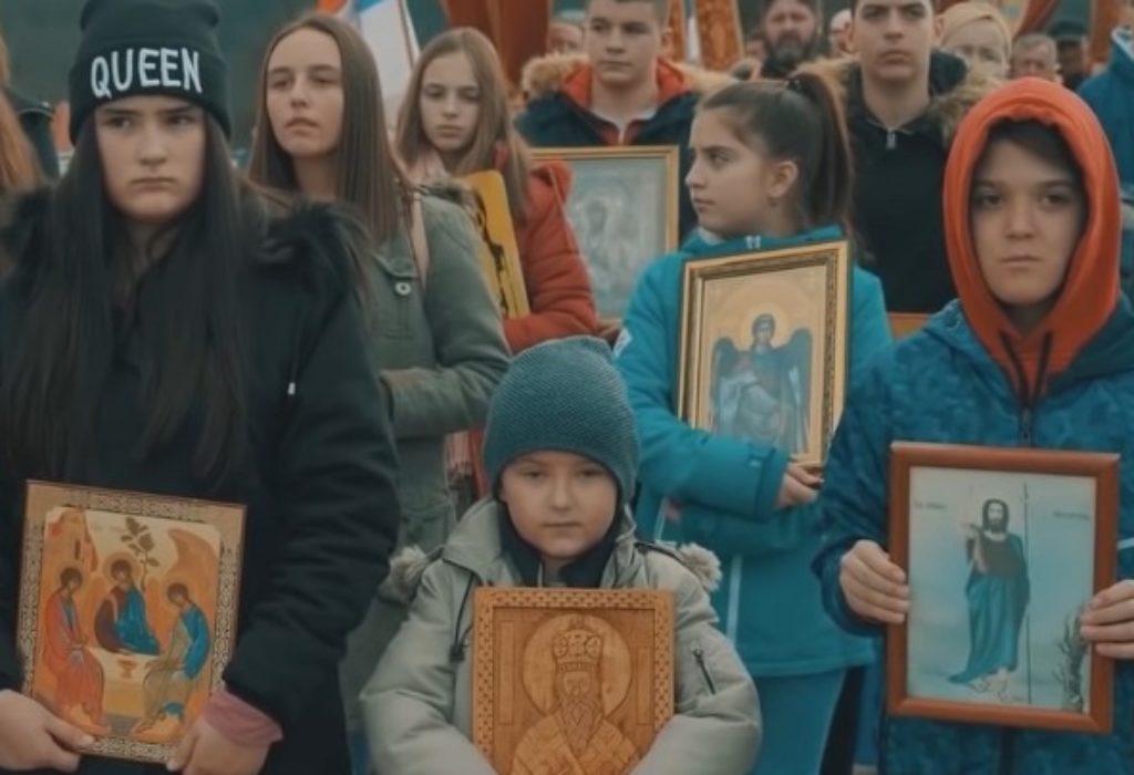 (VIDEO)Pesma podrške vernicima u Crnoj Gori koja je «uzdrmala» Balkan