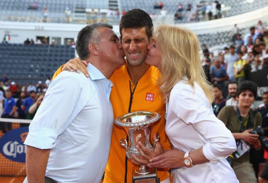 Djokovic senior : «À Melbourne,c'est irrespectueux envers Novak»