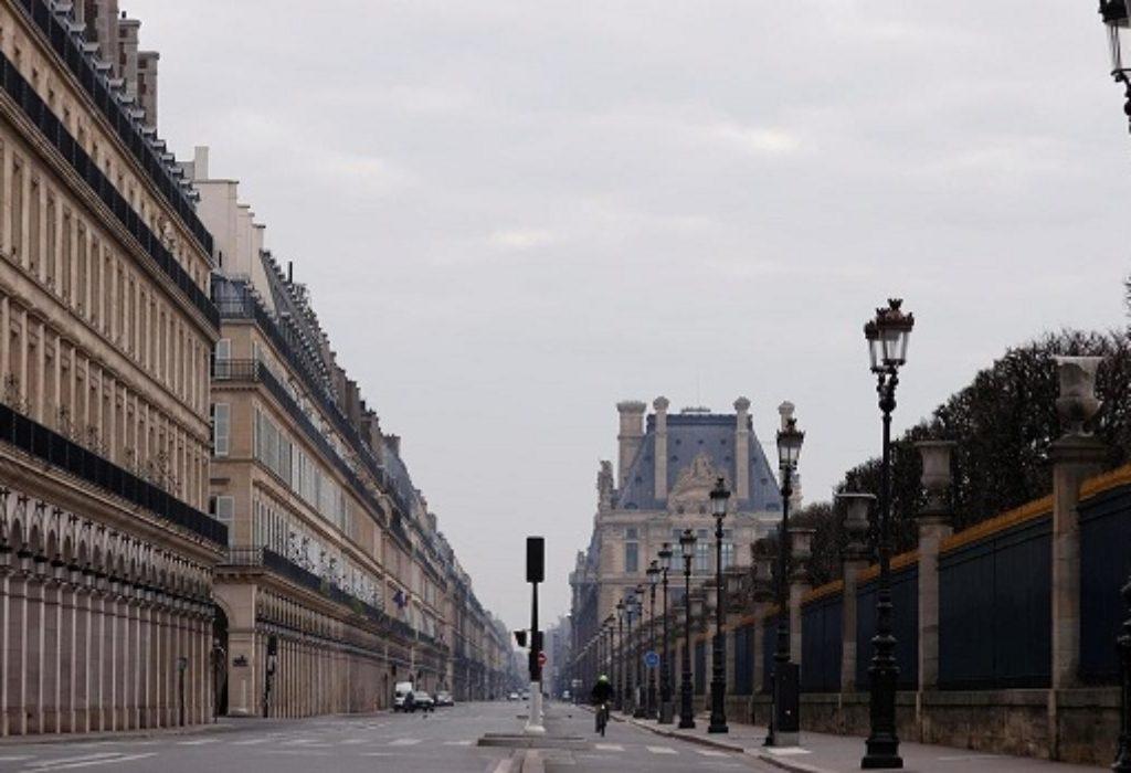 (VIDEO)Pariz iz vazduha izgleda kao pustinja