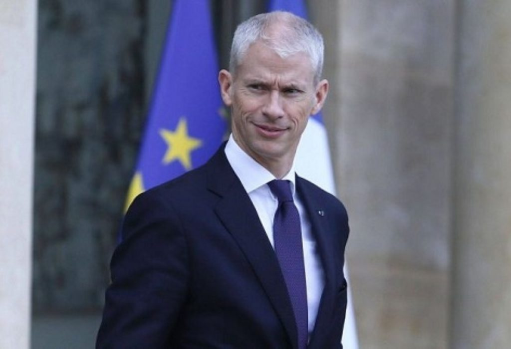 Francuska : PANIKA U VLADI. Ministar zaražen Korona virusom