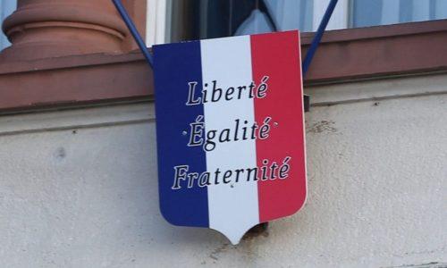 FRANCUSKA : BEZ OVOG PAPIRA NE MOŽETE NA POSAO