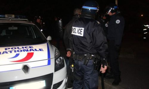 Pariz : Prva velika pljačka prodavnice hrane i veliki sukob sa policijom