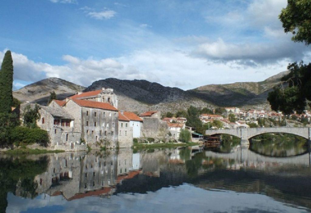 (VIDEO)Bienvenue en République serbe de Bosnie – Dobrodošli u Republiku Srpsku