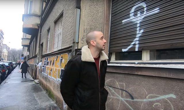 """(VIDEO)Snimak koji je """"zapalio"""" Balkan. Migranti imaju """"Tajni simbol"""" u Srbiji?"""