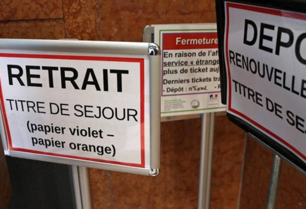 Francuska : Besplatna pomoć za regulisanje boravka («papiri»)