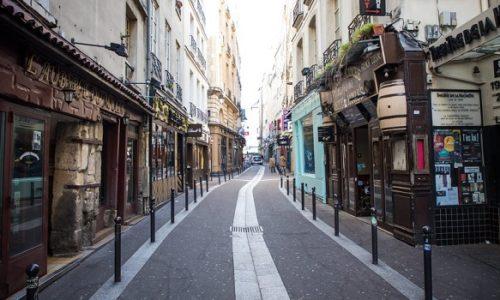 FRANCUSKA : OD SREDE NEMA IZLASKA IZ DOMOVA? Francuzi prazne rafove prodavnica
