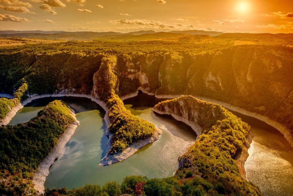 Serbie : Les splendides méandres de la rivière Uvac
