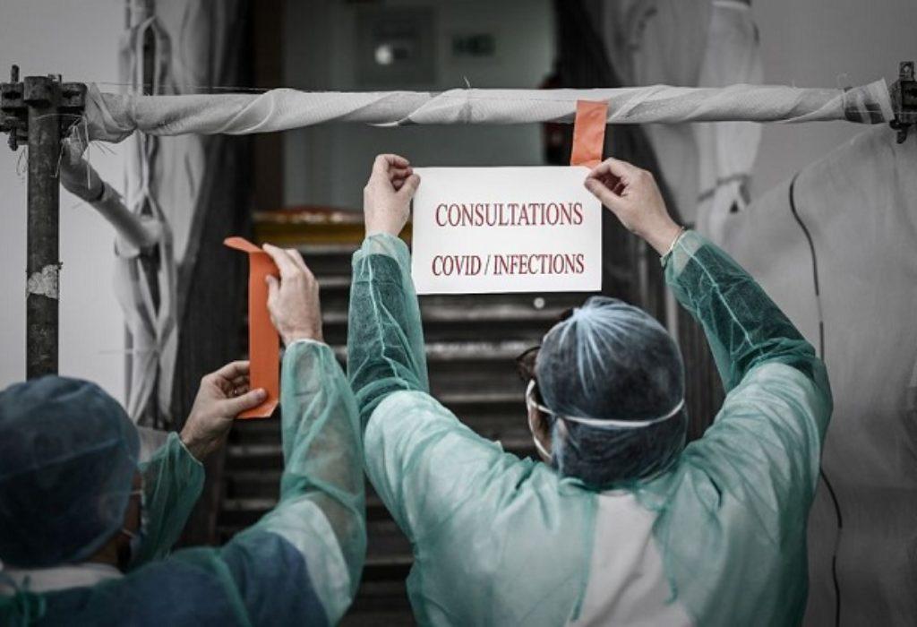 (FOTO)Francuska : Stanje u poslednja 24h. Medicinske sestre u nedostatku maski, suše ih na radijatoru