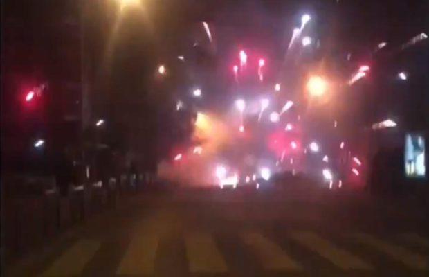 (VIDEO)Pariz : Snimci koji liče na pravi rat između policije i građana