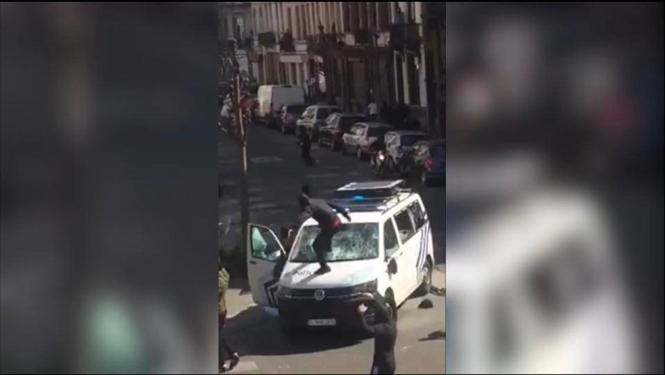 (VIDEO)Borba na ulicama prestonice EU. Pucnji iz ukradenog policijskog pištolja