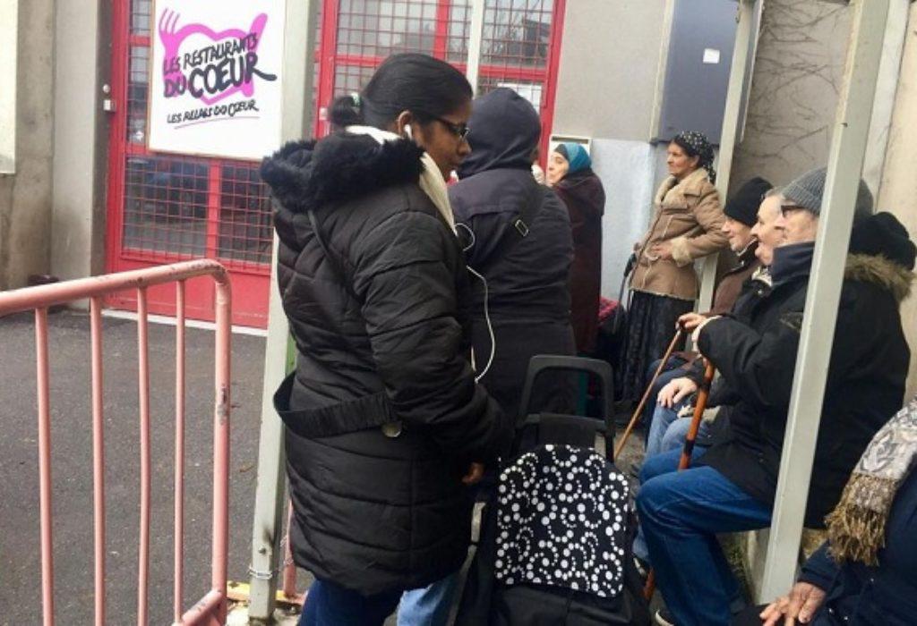 Seine-Saint-Denis : Situacija veoma teška. Novčana pomoć za porodice školaraca