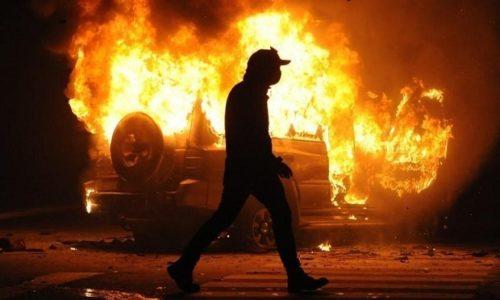 (VIDEO)Francuska : Veliki incidenti i ove noći u sve više gradova. Zapaljena jedna škola