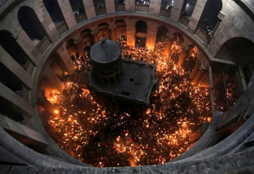 UŽIVO. Silazak Blagodatnog ognja u Jerusalim