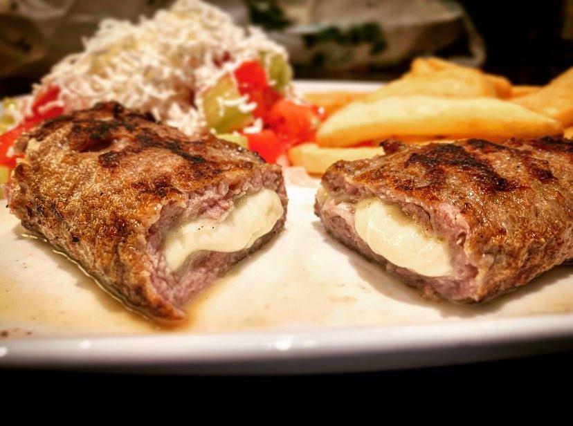 """Porudžbine obroka iz restorana """"Chez Vesna"""""""