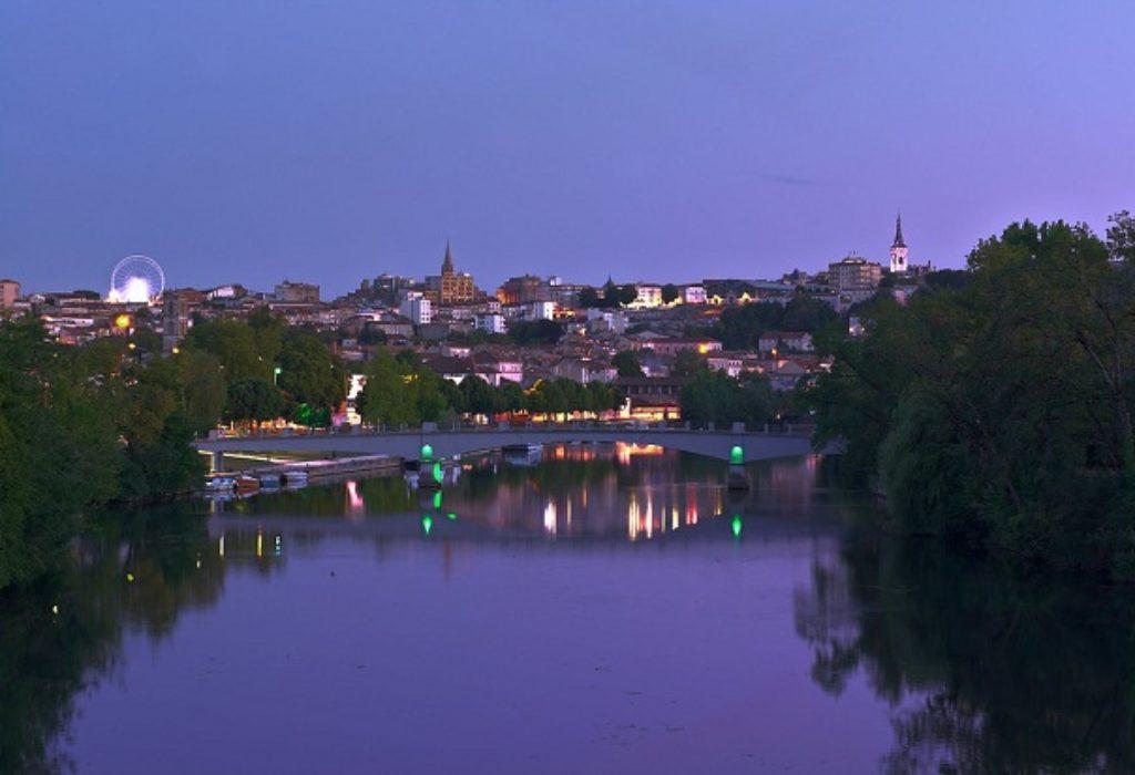 Francuska : Užas. Bežeći od policije skočio sa mosta u reku…