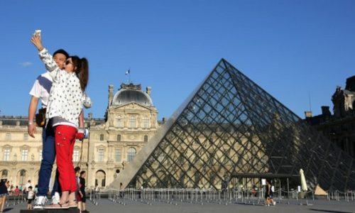 """(VIDEO)NEZAPAMĆENO. U ovom trenutku """"nula turista"""" u regionu Pariza"""