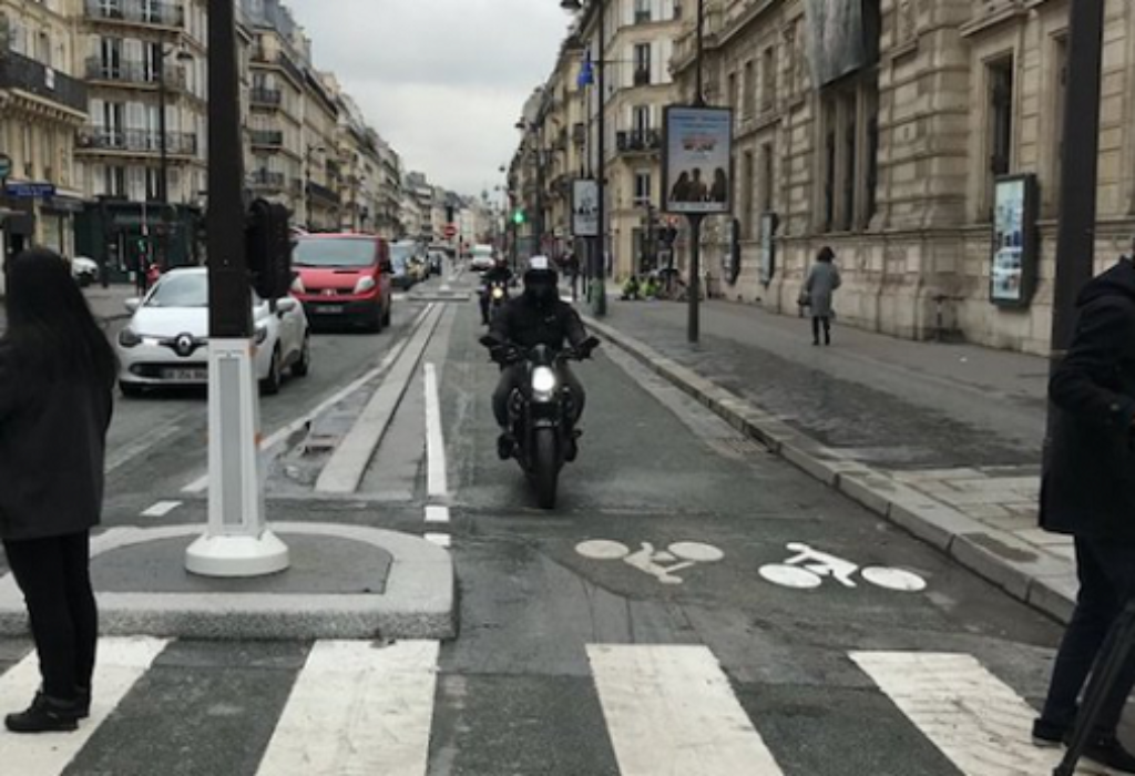 PARIZ : Zatvara se za saobraćaj najčuvenija ulica