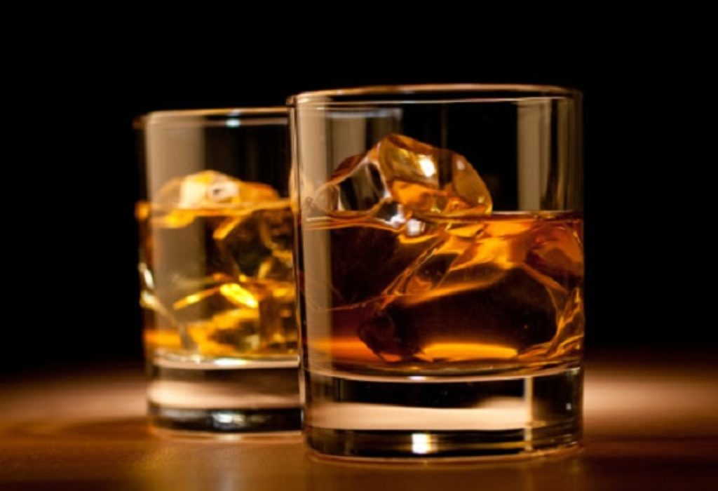 Francuska : Provalnici umesto da beže, nazdravljali alkoholom