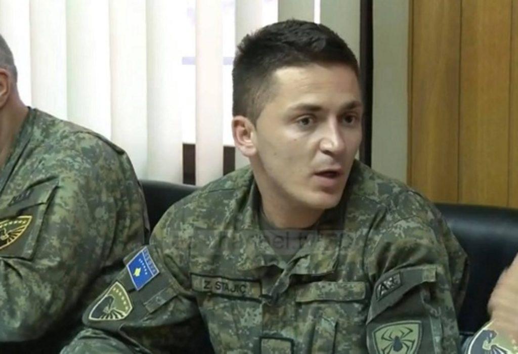 Skandal. Potporučnik Srbin, vrši obuku u takozvanoj «vojsci Kosova»