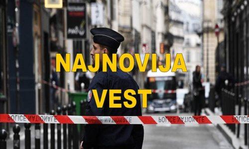 (FOTO)Paris : Policija pucala na vozača automobila isped Makronove stranke