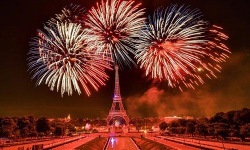 PARIZ : PRATITE UŽIVO VEČERAS, VELIKI VATROMET, NA NAŠOJ FB STRANICI