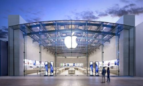 """Pariz : Fillmska pljačka. Odnešeni """"Apple"""" proizvodi u vrednosti od nekoliko miliona evra"""