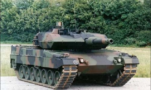 """L'Allemagne arme le """"Kosovo"""" de canons et de systèmes de missiles"""