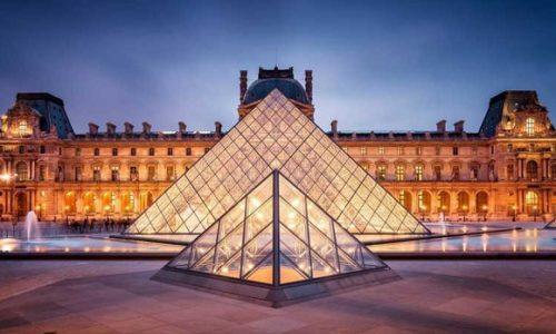PARIZ : SJAJNA VEST. LUVR SE OTVARA POSLE ČETIRI MESECA