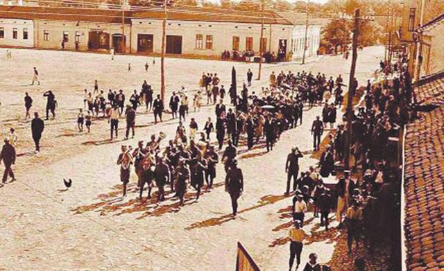 En ce jour, le 31 août 1941, la première ville libérée en Europe occupée est Loznica en Serbie