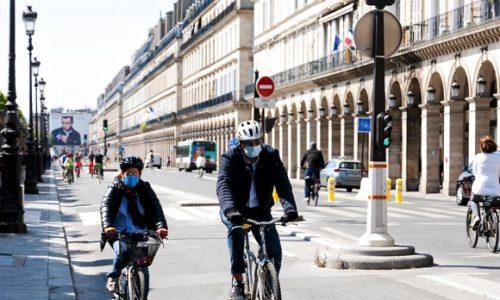 Pariz : Vlast popustila. Maske nisu obavezne u automobilima