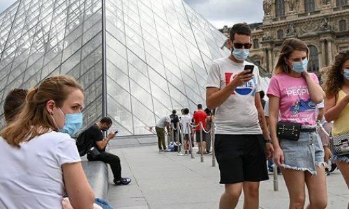 Nelogičnosti oko nošenja maski u Parizu