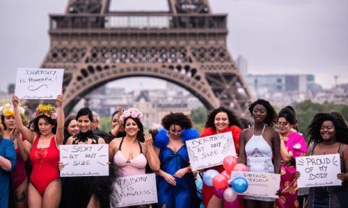 (VIDEO) Defile žena raznih proporcija ispred Ajfelovog tornja